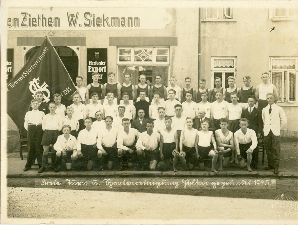 1925 hieß der Club TuS Holsen