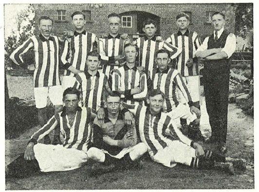 Die erste Holser Mannschaft von 1920